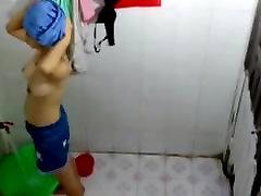 Bath Voyeur woohoo