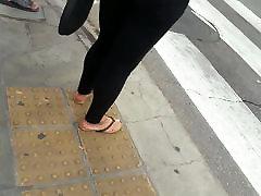 candid feet double brush girl