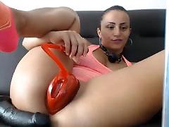 Pussy pumping up and masturbation on webcam