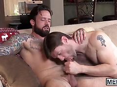 Steamy real pub sex boys gets his meat pipe plugged hard from behind