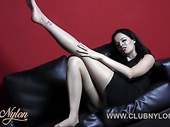 Brunette tease nylon pantyhose for cum on her 19 hind feet