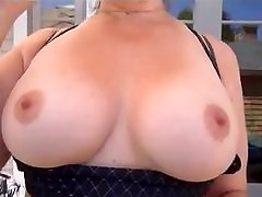 busty milf leva webcam fora