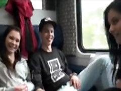addrianna latina seks v javnosti vlak