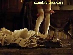 keira knightley alasti seksi stseen hertsoginna filmi scandalplanet.com
