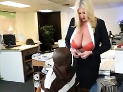 Bbw milf boss seduces her z69 thr dd employee