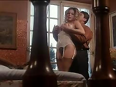 Moana Pozzi making anal sex in Intimita Anale 1990
