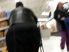 Gigantic Ebony bbw ass in dress
