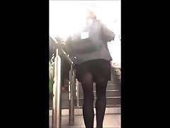 Public Voyeur Black italian small girl in bath and Miniskirt