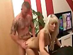 zēns, mīlējas un creampies karstā milf - skatīties part2 par hot69.org