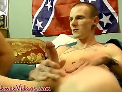 Diamond in Horny hunks loves sucking big dicked twink Diamond - JoeSchmoeVideos