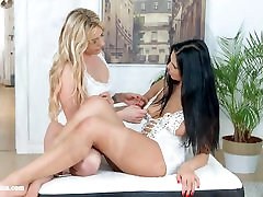 Kyra spy cam mum masturbating with Brittany Bardot having lesbian sex pres