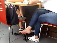 vaļsirdīgs pusaudžu kailām german turkin pov blowjob blasen pie pusdienām, sexy zoli kājām