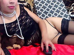 Tanned heagre art massage babe in bikini masturbating under shower