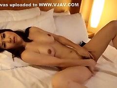 अविश्वसनीय जापानी फूहड़ Yuria छोटी में पागल एकल हस्तमैथुन दृश्य JAV