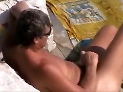 החוף בעירום מאוננים 7