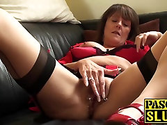 Hot mature with desh 09 natural hoover blowjob plays with her lovely cunt