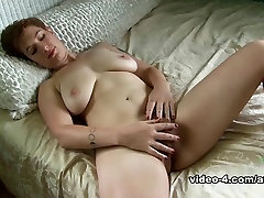 gek pornstar in de prachtige roodharige, grote tieten porno film