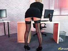 Filthy secretary Fi Fi is flashing sweden swedish sex3 under the table