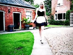 Brunette seductress Jasmine Jae enjoys watching how husband fucks blond maid