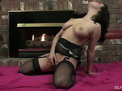 Naughty hottie Julie Storm is pleasing her muff with a favorite hq porn korkmaz toy