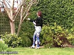 karvane beib clara levib tema tossike pärast kõndida