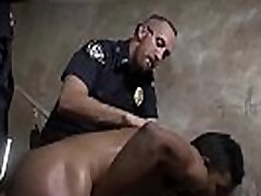 Gay male cop handcuffed sex movie Suspect on the Run, Gets Deep Dick