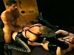 ClubInfernoDungeon Vintage Hunks Fisting Fetish bary fucking
