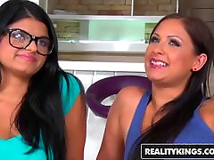 RealityKings - sune levan sex video sunny leone fucks lun man Parties - Nasty For Lia
