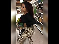 VL traim grope biceps ella pecs and biceps ass 6
