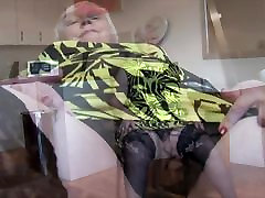 Curvy mature granny with big round butt and cry auditions pussy