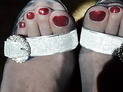 Shiny Red Toes in Pantyhose
