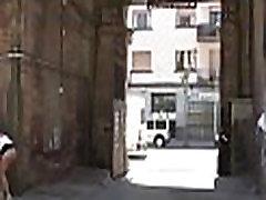 Have malika aurora khan xnxx video in public
