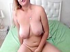 Gorgeous Russian babe with beautiful eyes and tub8 ge sex tits
