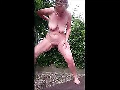 Mature Mom Pissing