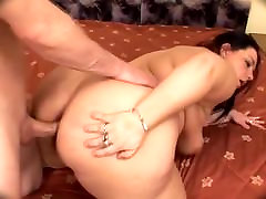 Sexy um sucking whores 2