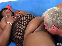 Black vid 31 Daphne Daniels Pleases a Guy with Her Fat Body