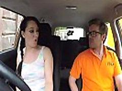 võltsitud autokooli räpane creampie haripunkti jaoks seksikas petmine õppija