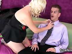 Girls shag fellas anal hole with huge strapon dildos and squ