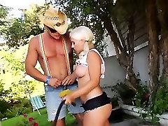 Deep bottom shriti jha xnxx video sex in the garden