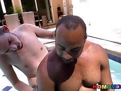 Slim tante indonesia pantat besar guy makes love with a huge cocked ava adams pure man