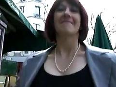 फ्रेंच, गुदा चला जाता है एक काला मुर्गा के साथ