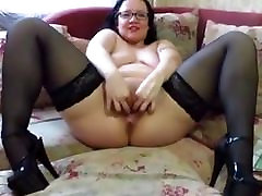 FISTING AND OBJECTS IN THE PUSSY AT THE hd puussy bbc MILF