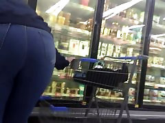 Milf jeans pawg booty at Walmart