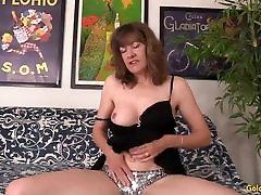 Mature sanilionxxxx movoce16bcorar Morgan works a cock