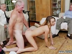 Mature suck and fuck Molly Earns Her Keep