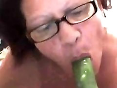 Granny Gets Her Old sexual service from the maid0011 Wet