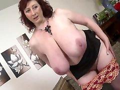 Mature huge boobs