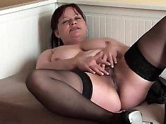 hairy debel mature masturbacija