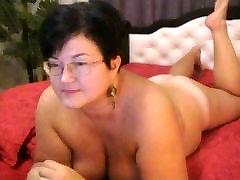 Bbw intense ffm handjob with huge tits