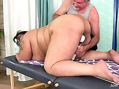 Giant boobed hustler avatar wild milf boobs Miss Lingling gets a sex massage